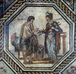 """Die Muse Euterpe mit Hyagnis, dem """"Erfinder"""" des Flötenspiels; Monnus-Mosaik, Trier"""